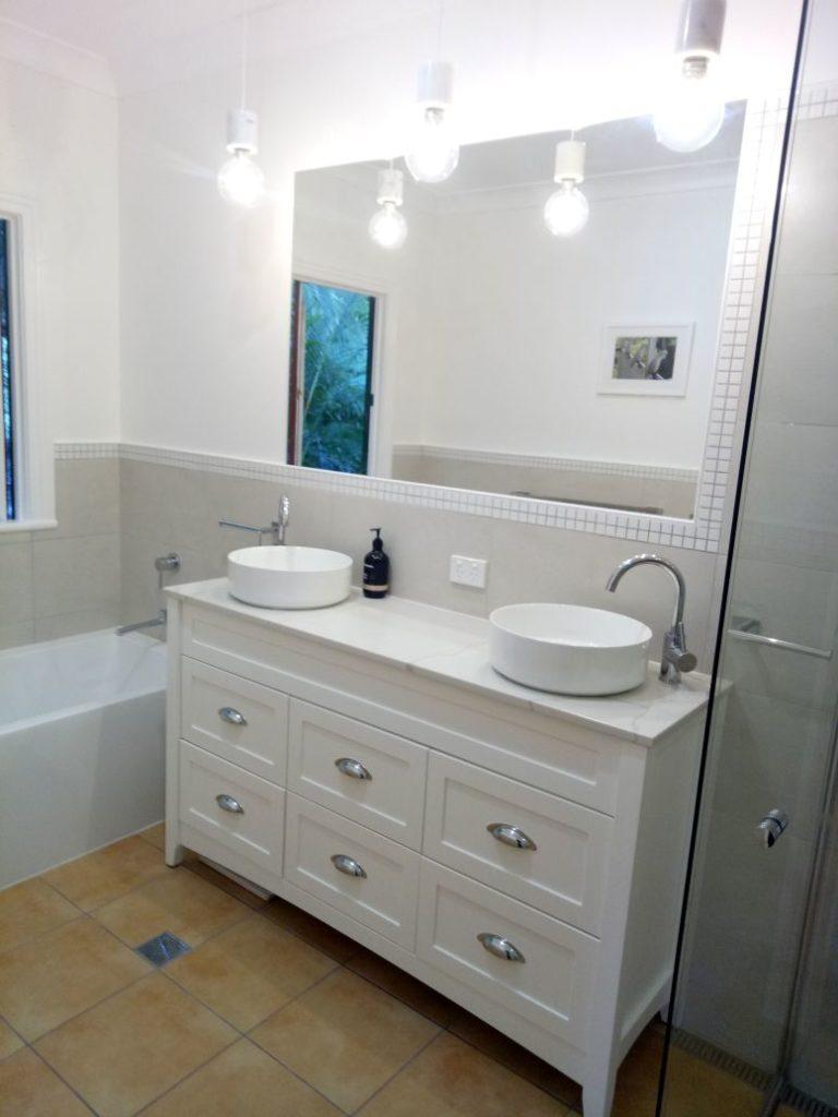 bathroom tiler gold coast